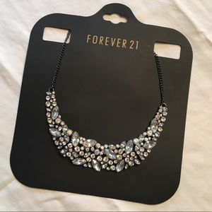 F21 💎 Rhinestone Bib Necklace